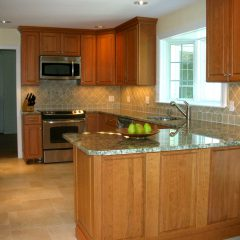 Stratham Kitchen